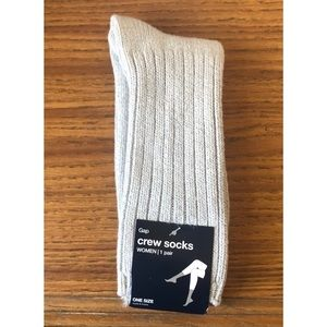 *NEW WITH TAGS* Gap Crew Socks